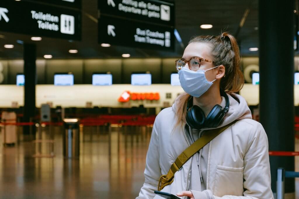 Muszáj utaznod a világjárvány idején? Ezekre figyelj!